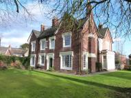 6 bed Detached property to rent in Coleshill Street...