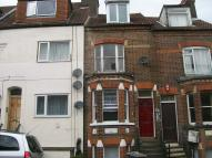 Buxton Road Flat to rent