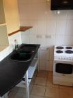 2 bed Ground Flat to rent in Biscot Road, Leagrave...