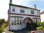 2 bedroom property in Lockerbie Avenue,