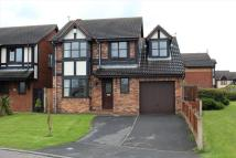 4 bed house in Hampton Place...