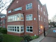 3 bedroom Flat in Queensway,