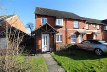 3 bed semi detached house in Chestnut Road, Abbeymead...