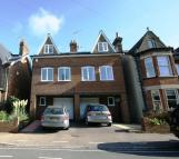 Cowper Road semi detached property to rent
