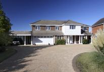 6 bed Detached property to rent in Prospect Lane, Harpenden...