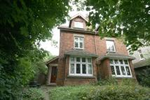 2 bedroom Apartment in Carlton Road, Harpenden...