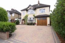 5 bedroom Detached property in Topstreet Way, Harpenden...