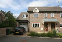 3 bedroom semi detached house to rent in Mallard Mews, Harpenden...