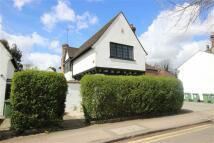 3 bedroom Detached home in Leyton Road, Harpenden...