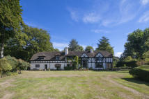 6 bedroom Country House in Manor Croft...