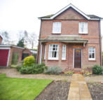 3 bedroom Detached home in 10 Milldown Road...