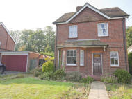 3 bed Detached house in 10 Milldown...
