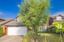 4 bed Detached house in 9 Valley Close...