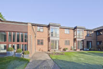 1 bed Apartment to rent in Waltham Court...