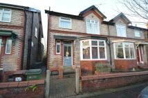 3 bedroom semi detached property to rent in Linden Grove Stockport