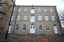 Flat to rent in Station Road, Batley