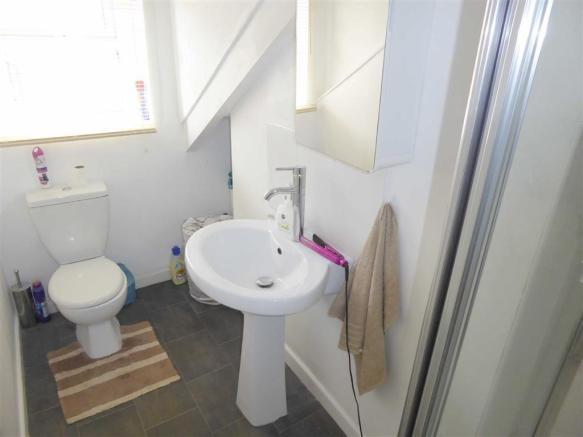 Shower Room/ WC: