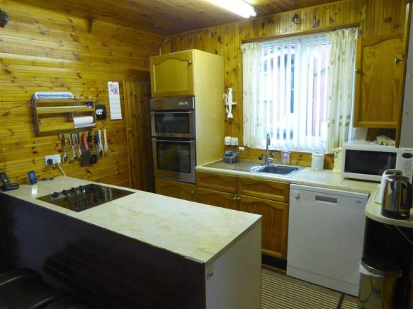 Extended Dining Kitchen: