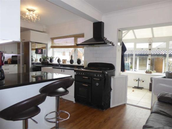 Fitted Dining Kitchen: