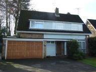 4 bedroom Detached property in Broom Grove, Watford...