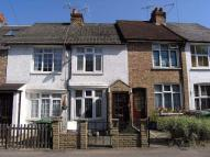 2 bedroom Terraced house to rent in Bushey