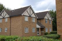 1 bed Flat to rent in Guillomet Court...