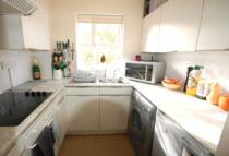 1 bed Flat to rent in Swallow Drive...