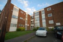 Studio flat to rent in Claybury, Bushey, WD23