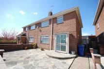 3 bed semi detached house to rent in Central Avenue, Aveley...
