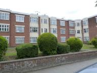 3 bedroom Apartment to rent in Brownlow Road...