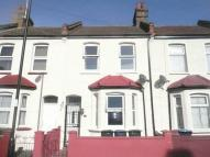 2 bedroom Terraced house in Cornwallis Grove...