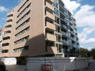 Apartment to rent in Waterside Way, Tottenham...