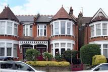 property to rent in Amberley Road, Palmers Green, N13