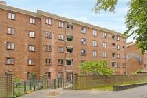 Apartment to rent in Warwick Grove, Hackney...