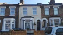 Haselbury Road Terraced house for sale