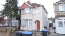 3 bedroom home in York Road, Edmonton, N18