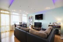 1 bed Flat in 172 Daubeney Road, London