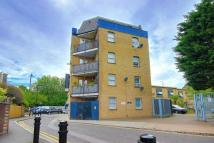 Flat for sale in 28 Upper Clapton Road...