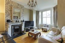 5 bed Terraced house for sale in Priory Road, N8