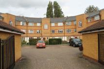 Apartment in Whitworth Crescent...