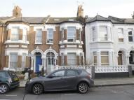 Flat in Ashmere Grove, LONDON