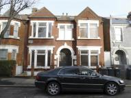 1 bedroom Flat in Englewood Road, LONDON