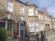 2 bed Flat in Hitcham Road, LONDON