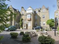 3 bed Flat for sale in Battersea Park Road...