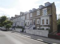 3 bed Flat in Springdale Road, LONDON
