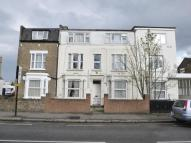 Studio flat in Hanworth Road, HOUNSLOW