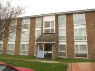 2 bedroom Flat for sale in Dellow Close...