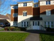 2 bed Flat in Small Meadow Court...