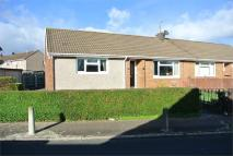 2 bed Semi-Detached Bungalow in Gainsborough Close...