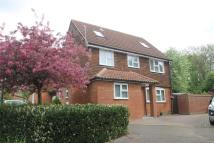 Detached property in 14 Harvesters Way...